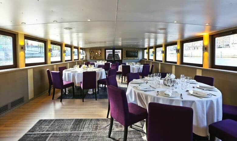 Déjeuner de famille à bord du Signac
