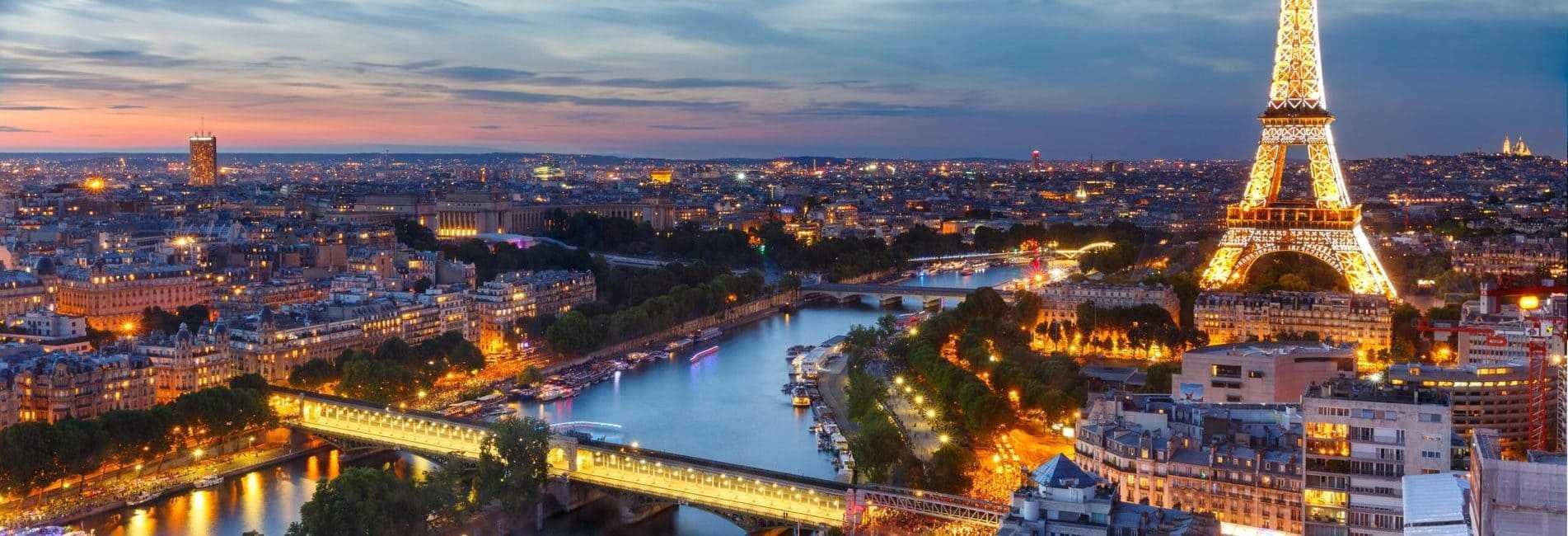 Vue panoramique de la Tour Eiffel