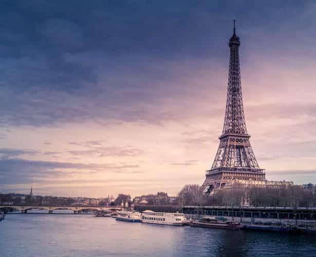 Vue de la Tour Eiffel depuis nos bateaux