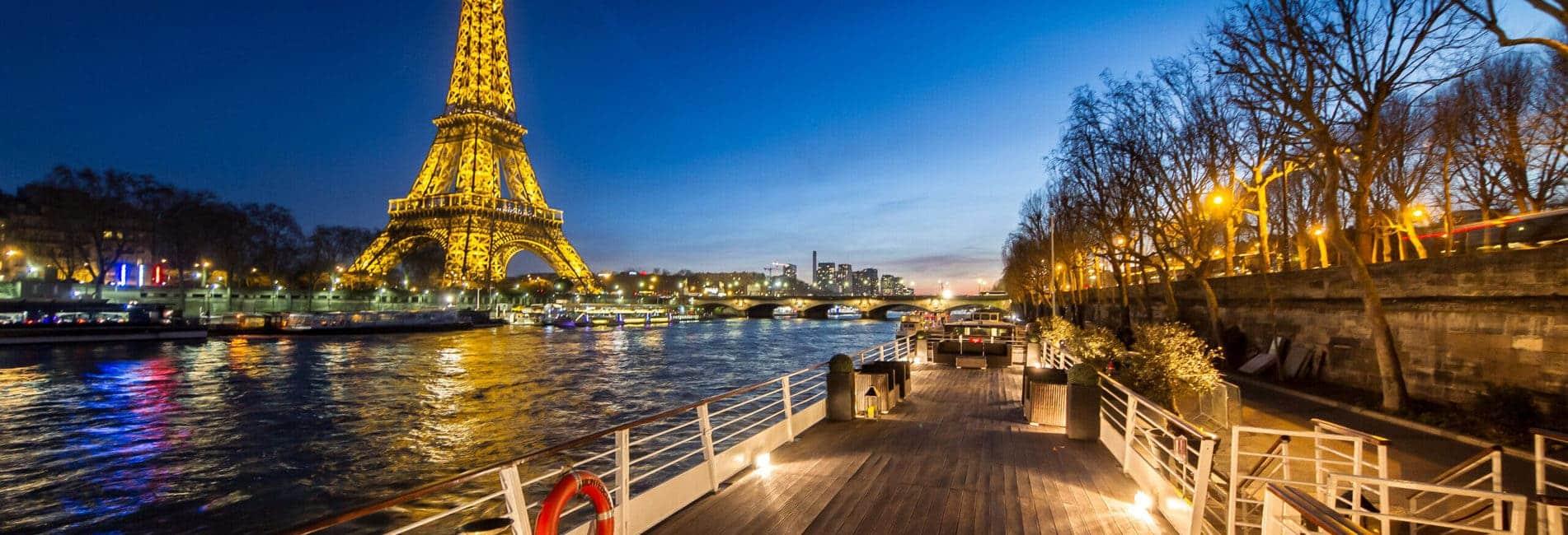 Terrasse du Montebello face à la Tour Eiffel